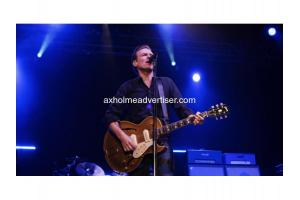 Bryan Adams Shine A Light Tour